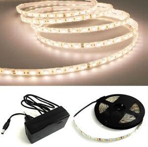 Striscia led 5050 flessibile 5m adesiva alimentatore luce for Striscia led adesiva