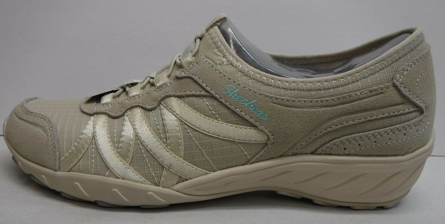 Skechers Relaxed Fit Size 9.5 Air Cooled Memory Foam Insoles New Womens Shoes