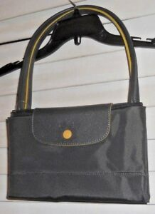 68f292fc6c83 NWT Auth Longchamp Paris~Art 2 Wear~Club Lg Le Pliage Bunmetal Long ...