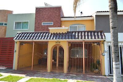 Casa en Venta - Fracc. Mirador de San Isidro