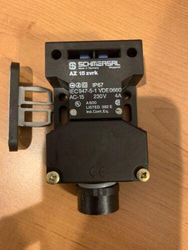 SCHMERSAL AZ15 Zvrk With B1 Key
