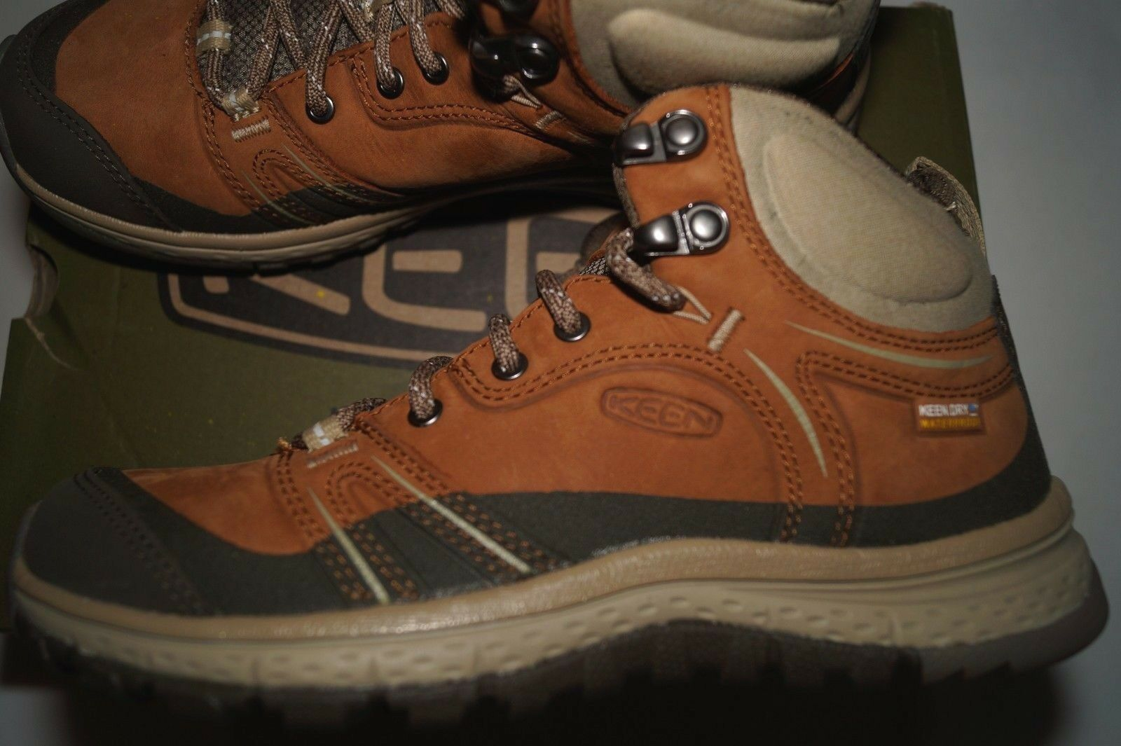 KEEN Women's Terradora Leather Mid Wp-w Hiking shoes Timber Cornstalk, 5.5 (M)