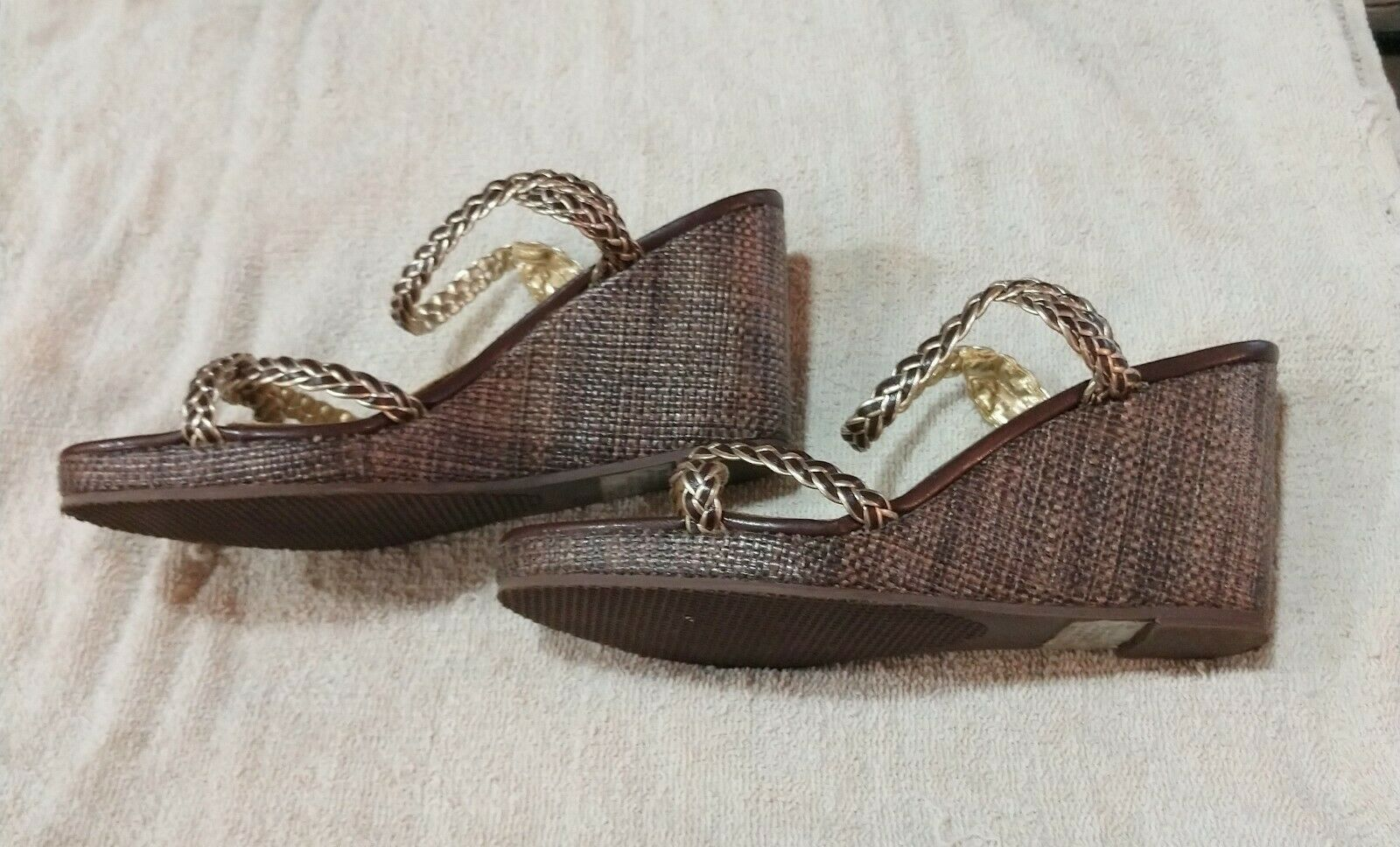 TOMMY HILFIGER WOMENS GOLD WEDGES SANDALS SHOES S… - image 2