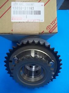 NEW GENUINE TOYOTA GEAR ASSY.,CAMSHAFT P//N 13050-31122 LEXUS GS300 GS350 IS250