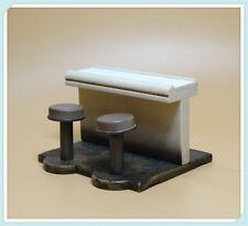 "Hasbro Star Wars 3.75"" FIGURE'S Accessories  table desk"