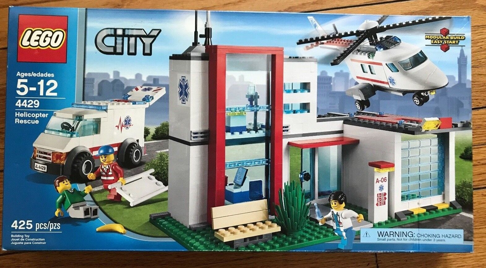 BRAND NEW Lego CITY Helicopter Rescue  4429 Lightly Dented Box