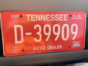 Tennessee TN AUTO DEALER License Plate Tag Hamblen County D-39909 expired 5-2006