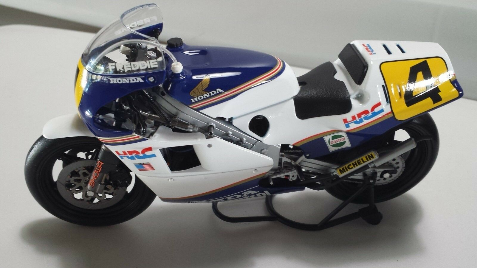 F. Spencer. Honda NSR500.  GP 1985.  Minichamps 1 12