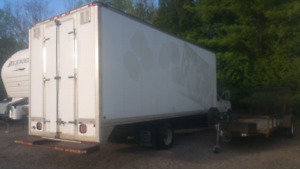 1997 Ford f350 with 22 ft box