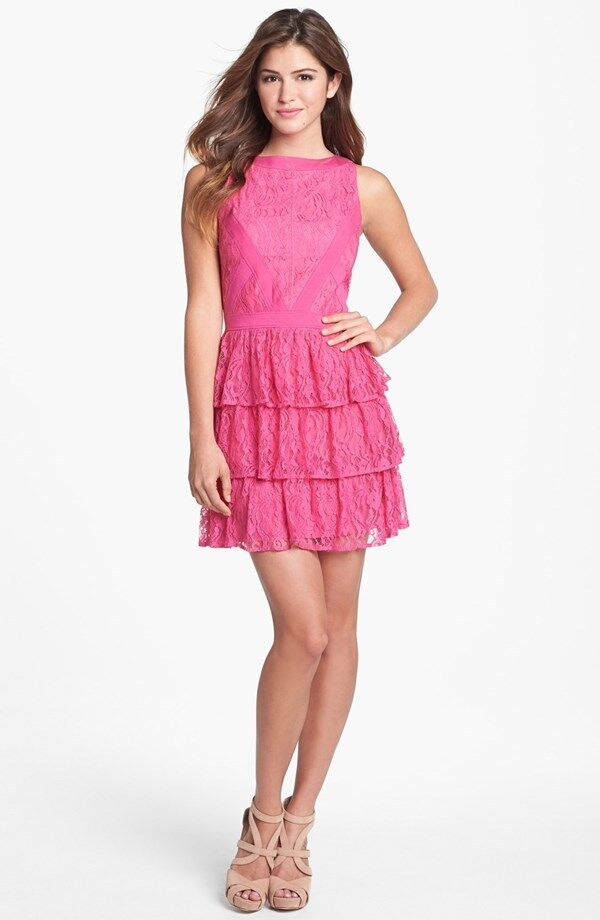 NEW Keepsake the Label ''Oceans Burning' Tierot Lace DRESS Größe XS 2  Rosa