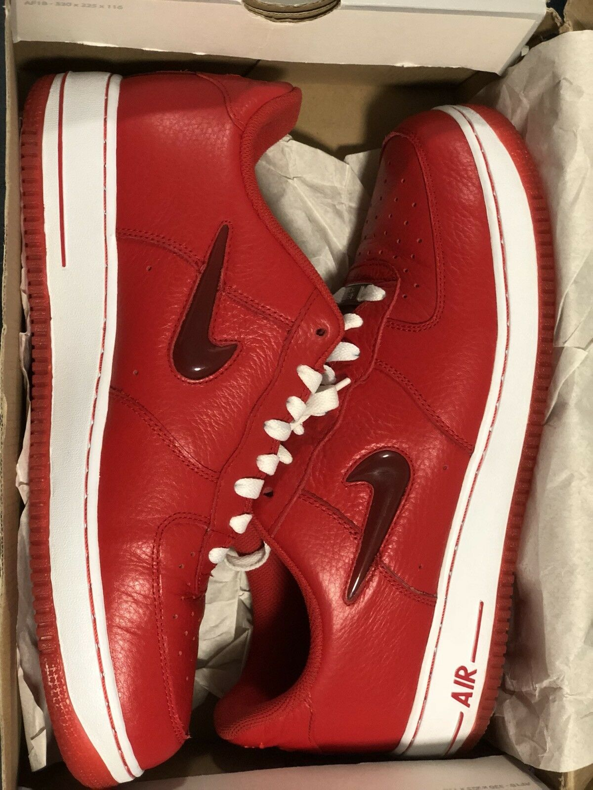 NIKE AIR FORCE 1 SPORT RED LEATHER SZ 11.5 AF1 RED GUM SOLE JORDAN KOBE