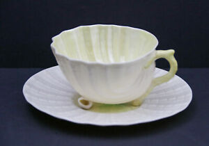 Vintage-Belleek-Neptune-Cream-and-Yellow-Sea-Shell-Tea-Cup-amp-Saucer