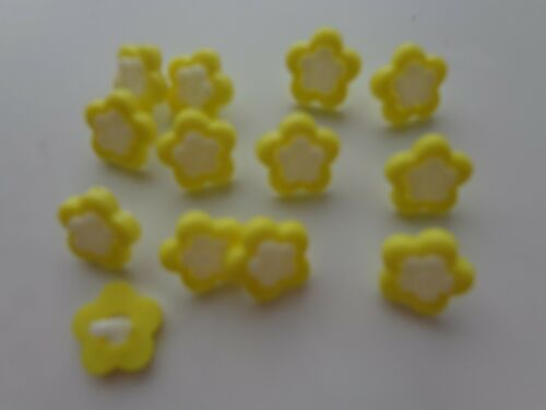 100x yellow flower sewing buttons 13mm