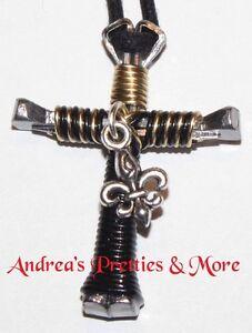 Disciples-Cross-Horseshoe-Nail-Necklace-FLEUR-DE-LIS-New-Orleans-Saints
