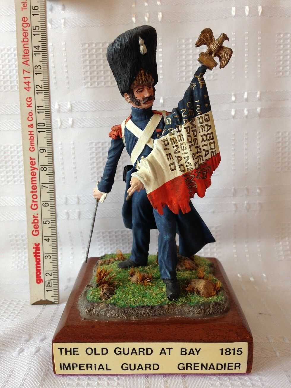 Imperial Guard Grenadier 1815. The Old Guard At Bay. 120mm Die-Cast Figure.