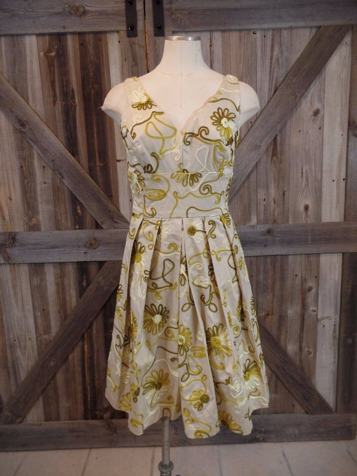 CHETTA B Ribbon Embroidered Fit & Flare Sleeveless Sheath Dress 2