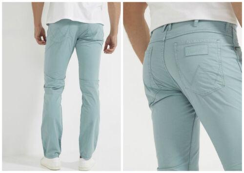 Neuwertig Alle Größen Neu Wrangler Greensboro Moderne Regular Jeans Rauch Blau