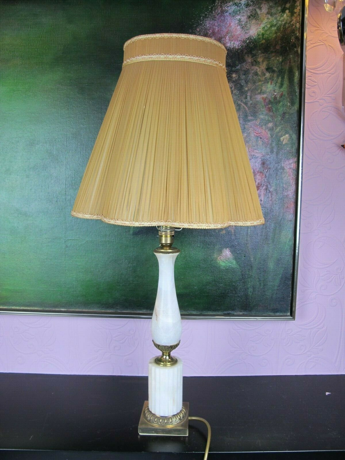 Superb quality vintage Weiß marble alabaster & brass TABLE LAMP   LIGHT & shade