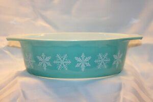 Vintage Original Pyrex Snowflake Cinderella Handled 1.5 Qt. Oval Casserole