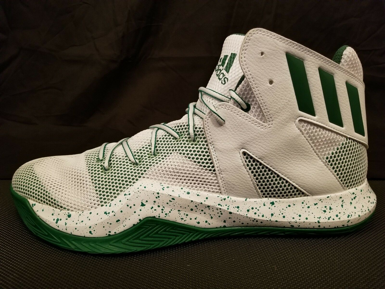 Adidas Bounce Basketball Shoes White/Green Rare Men's Size 17 **NEW**
