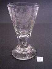 LAUENSTEINER KELCHGLAS/GLAS vor 1800: LUFTBLASE im STIEL: BLUMENDEKOR GEÄTZT (3)