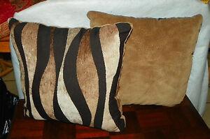 Pair Of Black Brown Gold Decorative Print Throw Pillows 18 X 18 Ebay