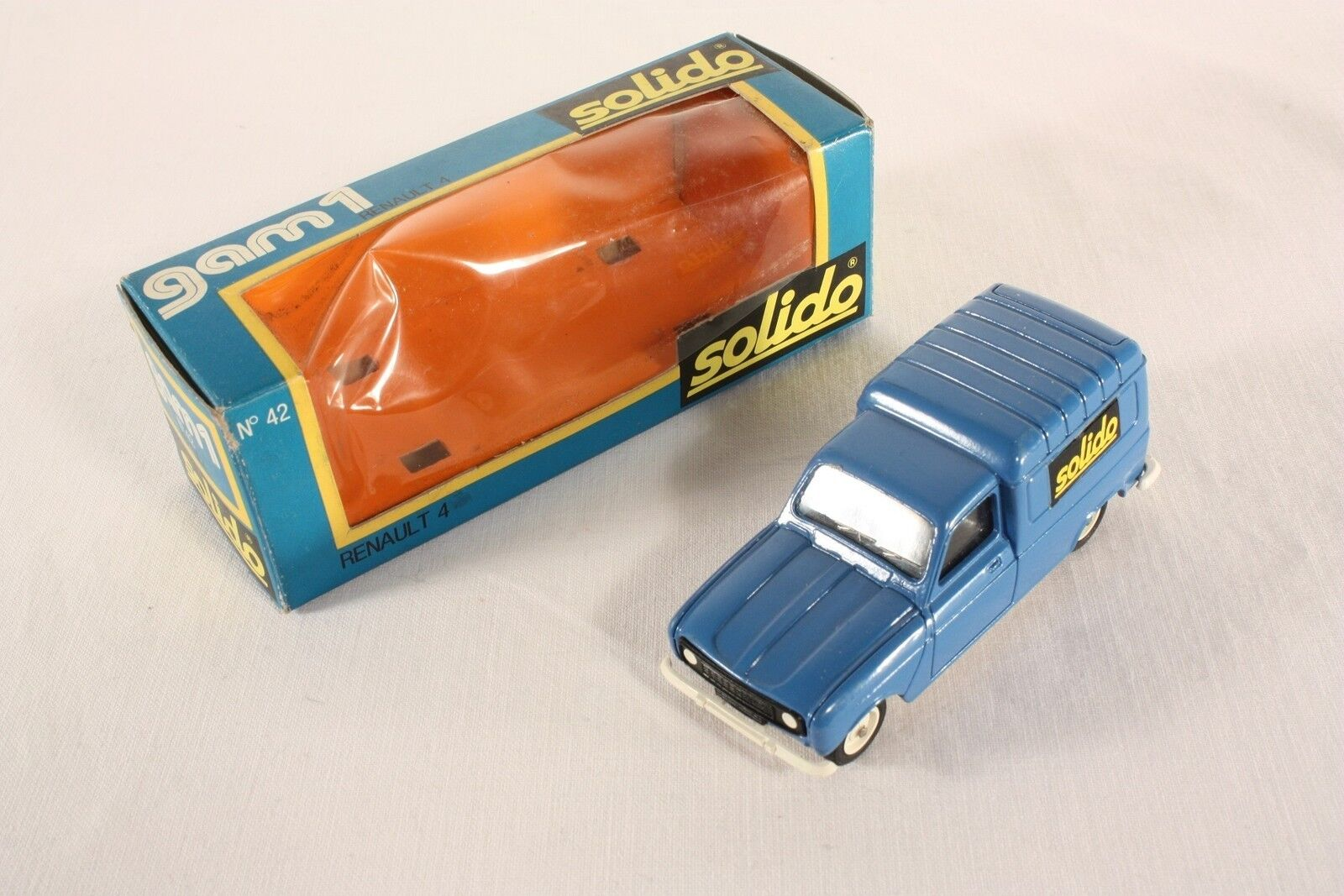 Solido 42, Renault  Solido , Mint in Box                         ab760