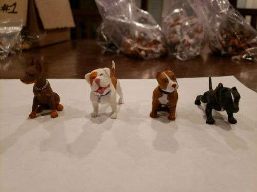 Hey Homies HOPPIN HYDROS-Capuche Hounds Series 3 4 Figures