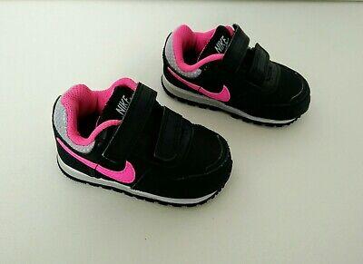 Baby Girls Black \u0026 Pink Nike Trainers 3