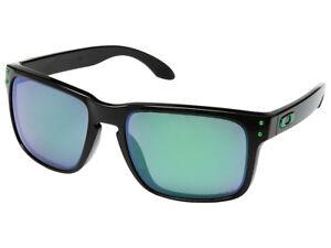 Oakley-Holbrook-Polarized-Sunglasses-OO9102-40-Polished-Black-Jade-Iridium