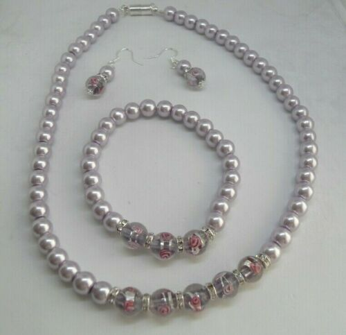 Beautiful Lilac Murano Glass and Glass Pearl Necklace with Matching Bracelet