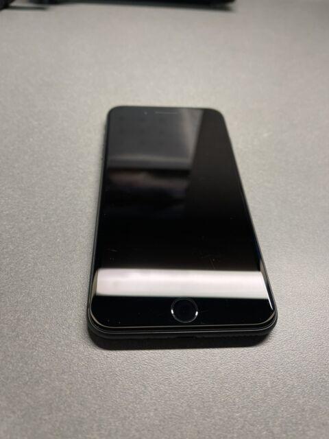Apple iPhone 8 Plus - 64GB - Space Gray (Verizon) A1864 (CDMA + GSM)