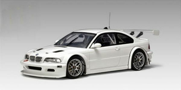 1 18 Autoart BMW m3 GTR 24hrs NURBURGRING 2005 Plain Body Versione (bianca) 80533