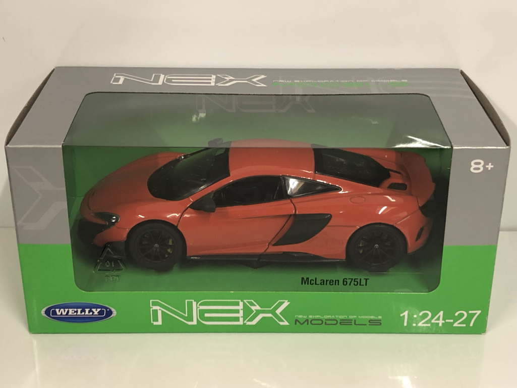 McLaren 675LT Light Red 2017 1 1 1 24-27 Scale Welly 24089R New Boxed bb4eb7