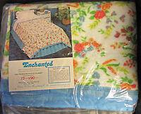 Vintage Floral Bed Blanket Polyester 70 X 90 Charles D Owen Mfg Flowers Nip