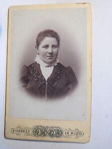 Ried-Innkreis-1902-Frau-im-Kleid-Portrait-CDV
