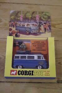 Corgi-Commer-Van-With-Samuelson-Film-Services-Camera-and-Cameraman-Boxed-No-479