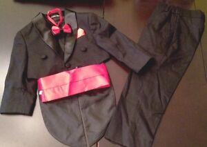 New-Boy-Formal-Suit-Tuxedo-Black-Size-2T