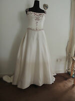 BNWT Satin A-Line Wedding Dress , Straps Ivory/Bordeaux Size 14 REDUCED TO CLEAR