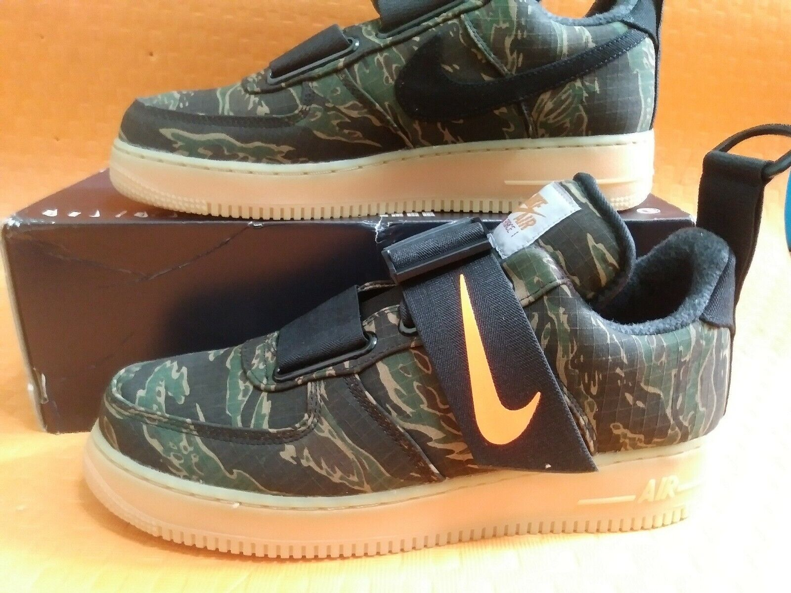 New brand Nike  Air Force1 UT Low PRM WIP Camo Green orange AV4112-300 sz 12