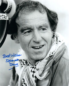 DESMOND-DAVIS-SIGNED-8x10-PHOTO-CLASH-OF-THE-TITANS-DIRECTOR-RARE-BECKETT-BAS