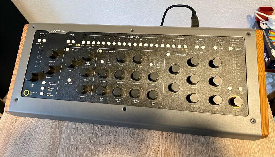 Midi controller, Softube Console 1 mkII