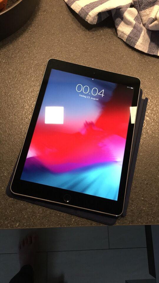 iPad Pro, 32 GB, sort