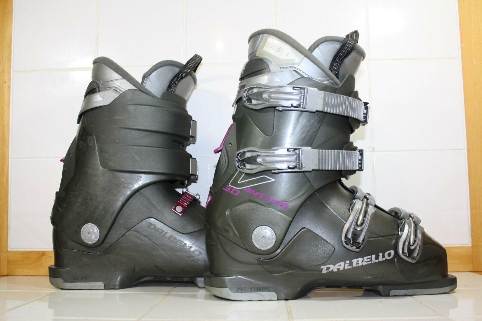 Dalbello Womens Vantage 3.0 Ski Boots Mondo 26.5 Grey  Purple - LOT WA3