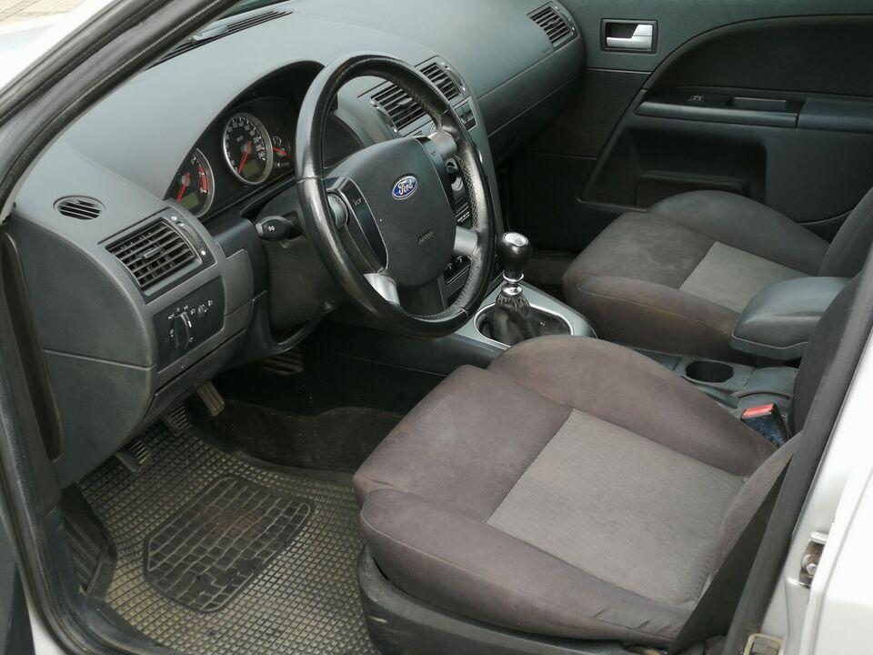 Ford Mondeo, 1,8 Ambiente, Benzin