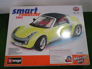 SMART-ROADSTER-de-2003-KIT-METAL-1-18-a-monter-BURAGO-18150031-voiture-miniature