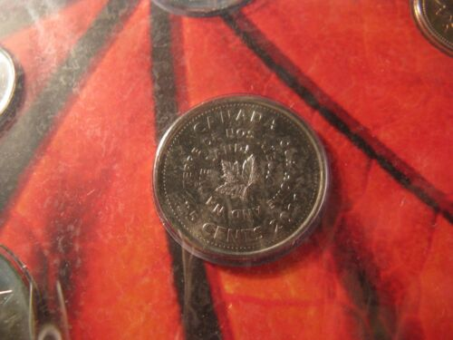 Canada 2011 Our Home /& Native Land Mint Coin Set With Rare Quarter.
