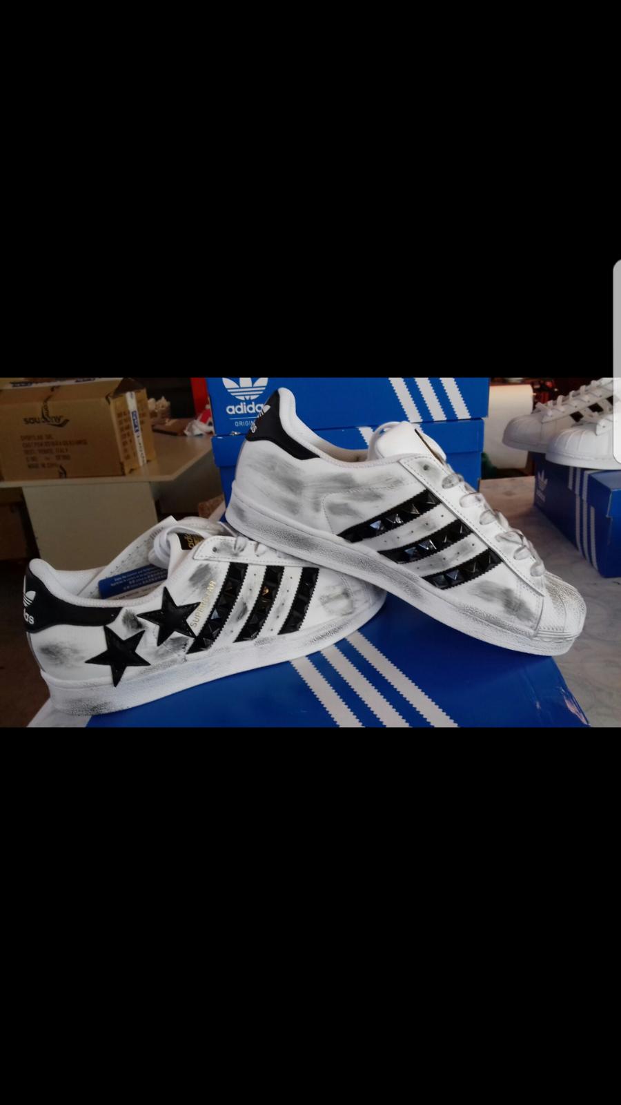 skor Adidas Superstar with Stars & & & Studs More Sporcatura  billigt i hög kvalitet