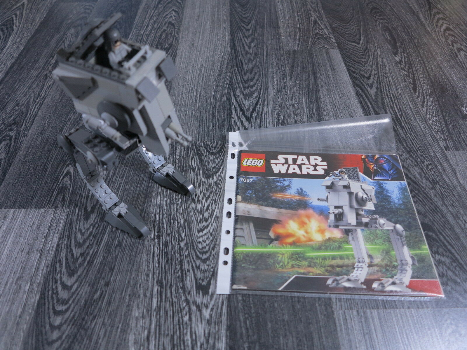 LEGO Star Wars 7657 AT-ST con Recipe