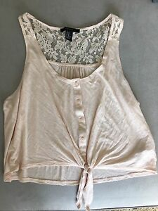 9346ced120 Forever 21 Pink Crop Top Blouse With Front Tie Lace Detail Size ...